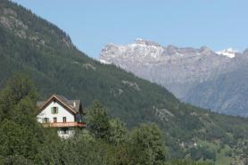 facade-sud-ouest-vue-depuis-gietroz