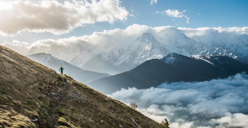 Cloe Lanthier running near Refuge de Veran - Haute Savoie France